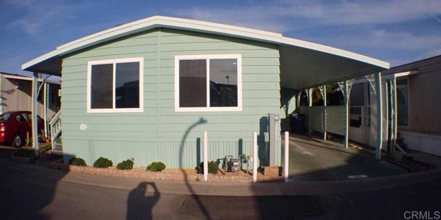 677 G Street, Chula Vista CA: http://media.crmls.org/mediaz/8E0B0550-97E4-4D03-AEE9-9AA050F994DA.jpg