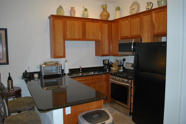 50690 Santa Rosa Plaza, La Quinta CA: http://media.crmls.org/mediaz/8E2F5054-1907-4A28-8EE2-ED7DA372A6A6.jpg