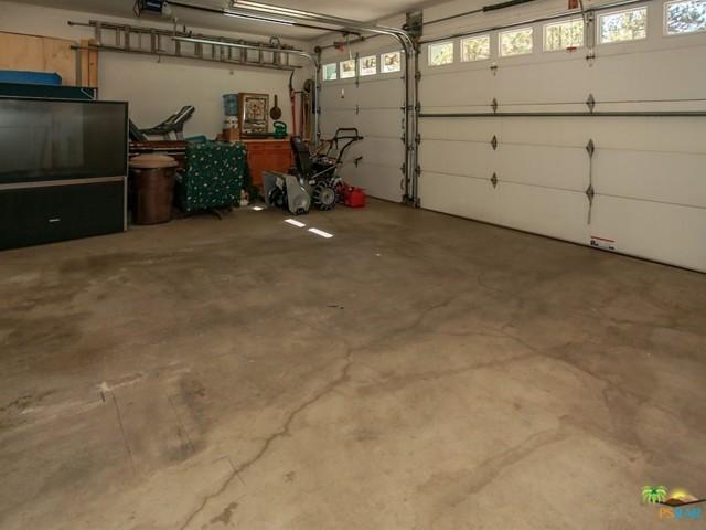 42321 HEAVENLY VALLEY Road, Big Bear CA: http://media.crmls.org/mediaz/8E8E3E22-9AD3-4601-AD6C-A8870F5B09B3.jpg
