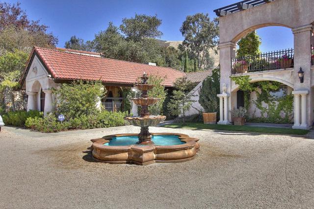 300 Country Club, Carmel Valley CA: http://media.crmls.org/mediaz/8ED98DAA-66D6-4AC8-ACDA-79CF761A323D.jpg
