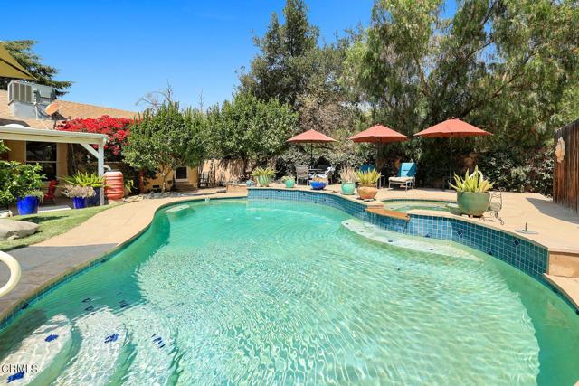 9716 Helen Avenue, Shadow Hills CA: http://media.crmls.org/mediaz/8EF9A135-6595-487B-B003-7602AB5EEB23.jpg