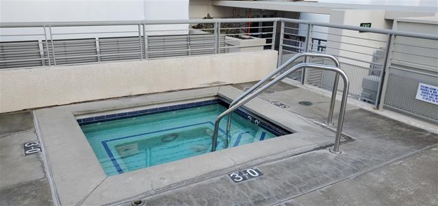 425 W Beech St  San Diego CA 92101