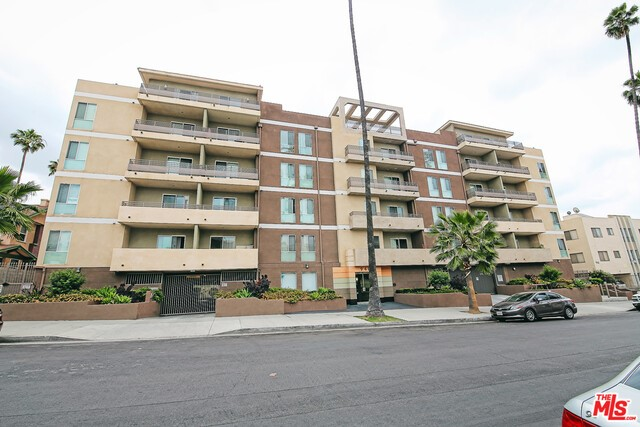 940 Elden Avenue 109, Los Angeles, California 90006