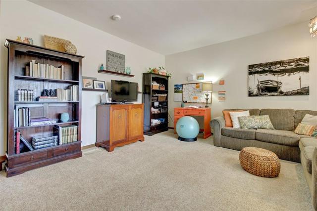 17140 Garlen Lane, Salinas CA: http://media.crmls.org/mediaz/8F3ED5FA-F663-45E3-BA03-02D0BCBC7621.jpg
