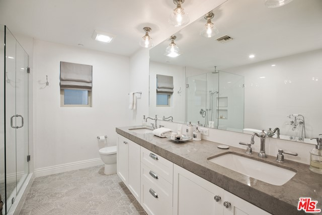 860 Haverford Ave 203, Pacific Palisades, CA 90272 photo 24