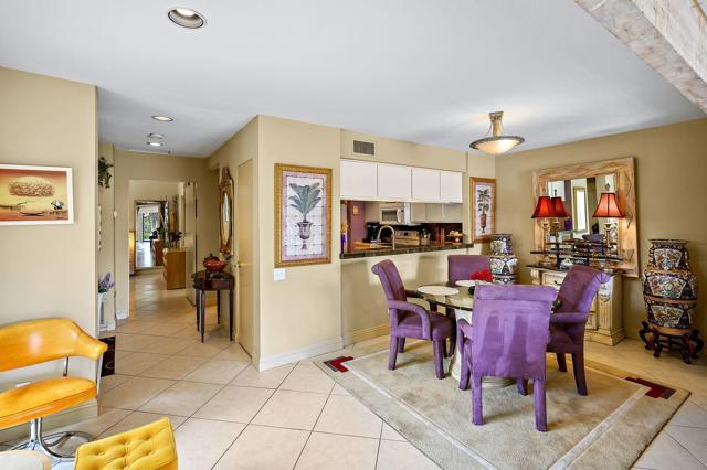 369 Wimbledon Drive, Rancho Mirage CA: http://media.crmls.org/mediaz/8F7A3633-BB35-4705-BF09-557B4662D4FF.jpg
