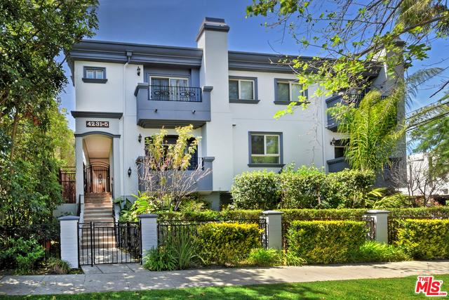Photo of home for sale at 4233 ALLOTT Avenue, Sherman Oaks CA