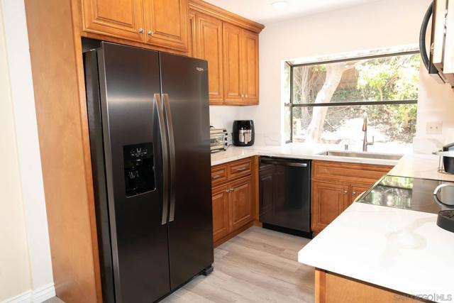 10620 Villa Bonita, Spring Valley CA: http://media.crmls.org/mediaz/8b105299-0c0c-43c4-923e-ca950584c5c0.jpg