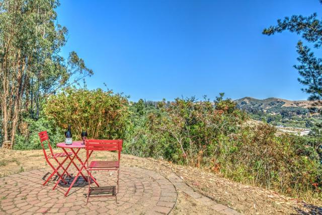 19080 Oak Heights Drive, Salinas CA: http://media.crmls.org/mediaz/9020B1F8-2A99-412A-8F12-5F6F30555658.jpg