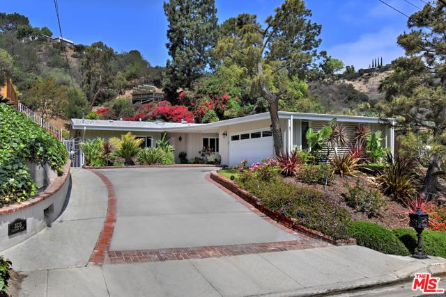 3535 Loadstone Drive  Sherman Oaks CA 91403