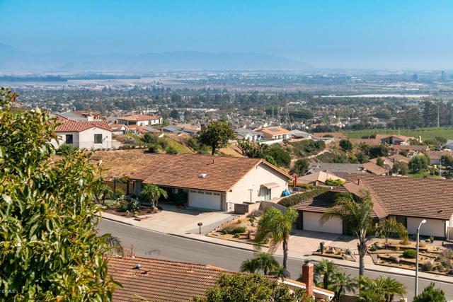 894 High Point Drive, Ventura CA: http://media.crmls.org/mediaz/904E4DF3-ACFC-4C50-BC98-DEDF6AA557A1.jpg
