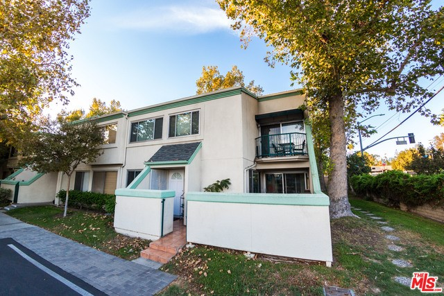 18500 MAYALL Street Unit E, Northridge CA 91324