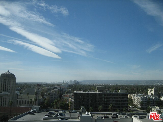 3785 Wilshire Boulevard, Los Angeles CA: http://media.crmls.org/mediaz/913EBCDA-4D9D-4F89-A9CF-FC691CC7BB03.jpg