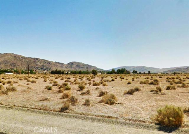 0 Zuni Road, Apple Valley CA: http://media.crmls.org/mediaz/914D8CFE-DA4F-47D9-A042-CF132DFC4B8D.jpg