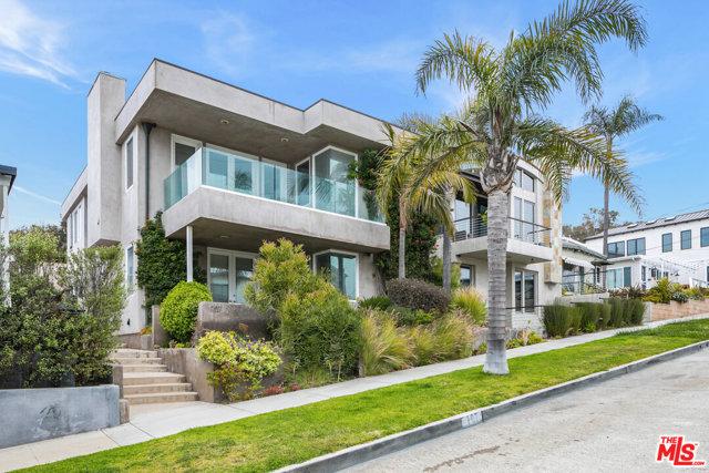 707 Longfellow Hermosa Beach CA 90254