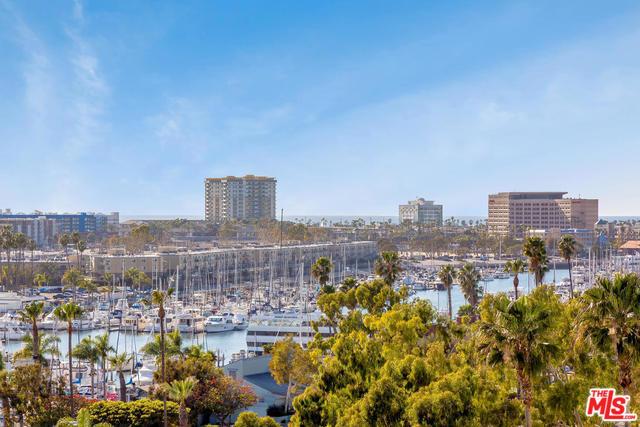 13600 MARINA POINTE Drive # 914 Marina del Rey CA 90292