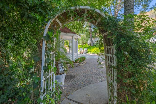 349 Renee Street, Orange CA: http://media.crmls.org/mediaz/92010EC6-2EC8-427A-8E8E-090E1D7015E2.jpg