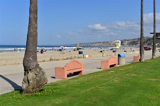 7865 El Paseo Grande, La Jolla CA: http://media.crmls.org/mediaz/92A7A3A5-EE0F-4979-98AE-8E793479C632.jpg