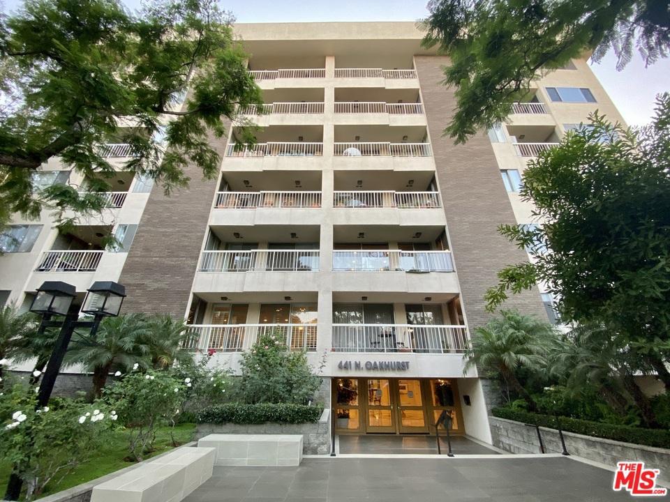 441 N Oakhurst Drive # 301 Beverly Hills CA 90210