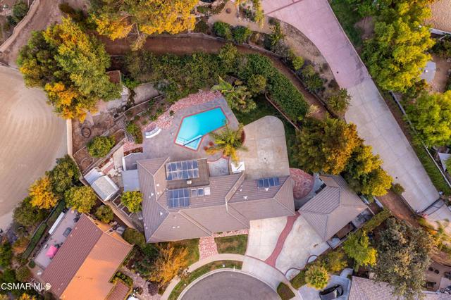 658 Bonwit Place, Simi Valley CA: http://media.crmls.org/mediaz/92DB5656-869F-4DCA-88F3-625EE34CB323.jpg
