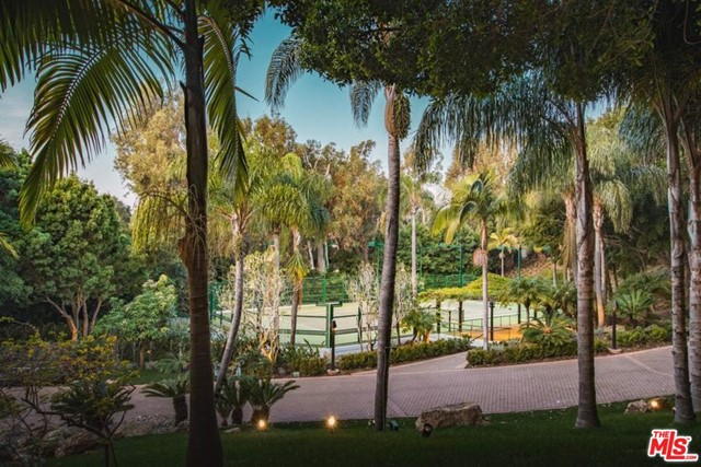 27930 PACIFIC COAST Highway, Malibu, California 90265, 12 Bedrooms Bedrooms, ,14 BathroomsBathrooms,Single family residence,For sale,PACIFIC COAST,20598742