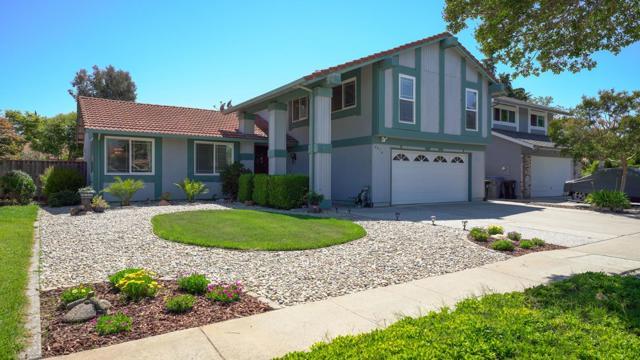 4974 Zeppelin Court, San Jose CA: http://media.crmls.org/mediaz/9352CA72-08E7-4AB9-AD06-FB5F40B91C71.jpg