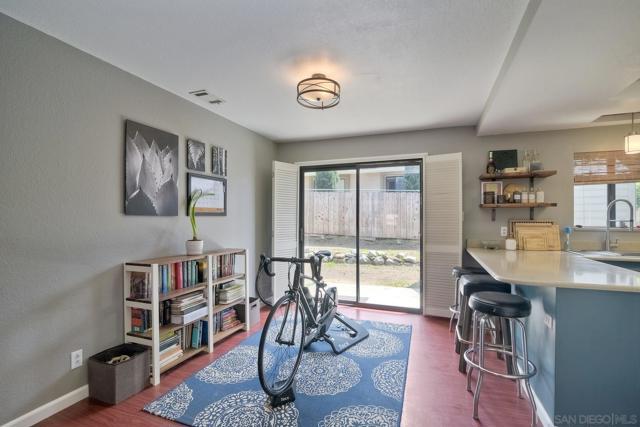 660 Sabrina Terrace, Ramona CA: http://media.crmls.org/mediaz/93B22B9D-5302-4153-BE94-E68B25CE30B6.jpg