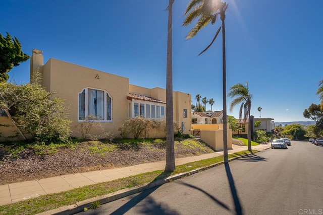 2345 Presidio Drive, San Diego CA: http://media.crmls.org/mediaz/93B3ED59-0F57-4443-AB48-6F4F1855A2A4.jpg
