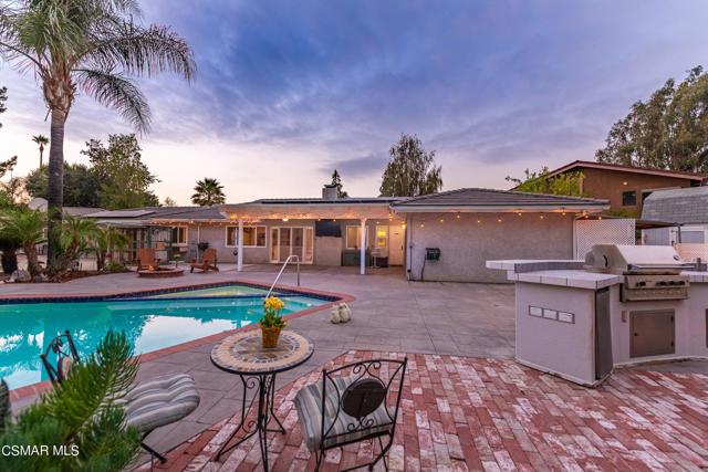 658 Bonwit Place, Simi Valley CA: http://media.crmls.org/mediaz/94AB96EA-8E3B-411E-B914-A66DB1D3B137.jpg