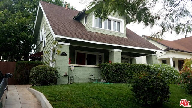 105 N ST ANDREWS Place, Los Angeles CA 90004