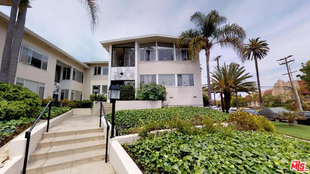 119 Marguerita A Santa Monica CA 90402