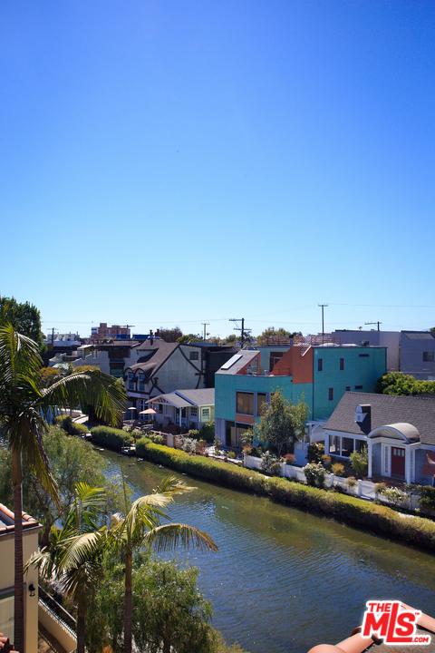 414 Carroll Canal, Venice, CA 90291 photo 27