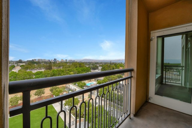1375 Lick Avenue, San Jose CA: http://media.crmls.org/mediaz/957BD5D4-907E-43B5-9BB7-4F71ADFBEAB9.jpg