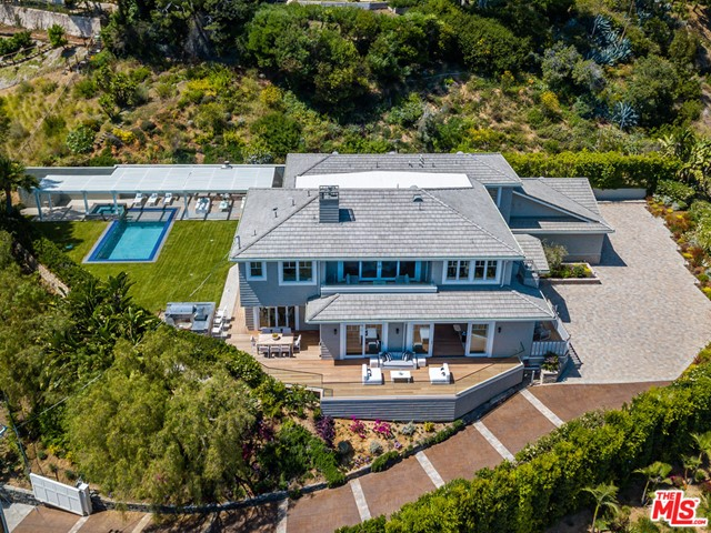 1346 MARINETTE Rd, Pacific Palisades, CA 90272