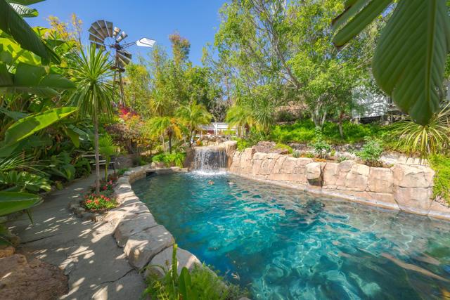 349 Renee Street, Orange CA: http://media.crmls.org/mediaz/95EC9B04-E06D-4FA6-A40B-065BE0839DF5.jpg
