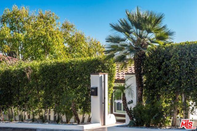 6652 WHITLEY Terrace, Los Angeles CA: http://media.crmls.org/mediaz/9616F232-EFEC-4872-B634-DBFAEB6CC652.jpg