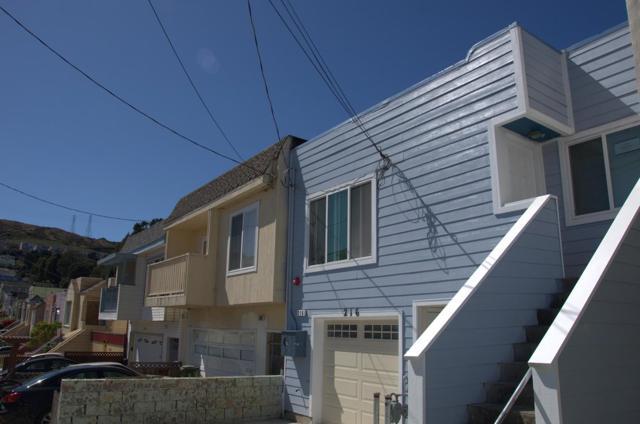 216 Rio Verde Street, Daly City CA: http://media.crmls.org/mediaz/9640F919-DB28-4078-8B86-6C8FF69DCECF.jpg