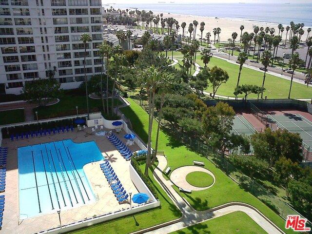 Condominium for Rent at 2700 Neilson Way Santa Monica, California 90405 United States