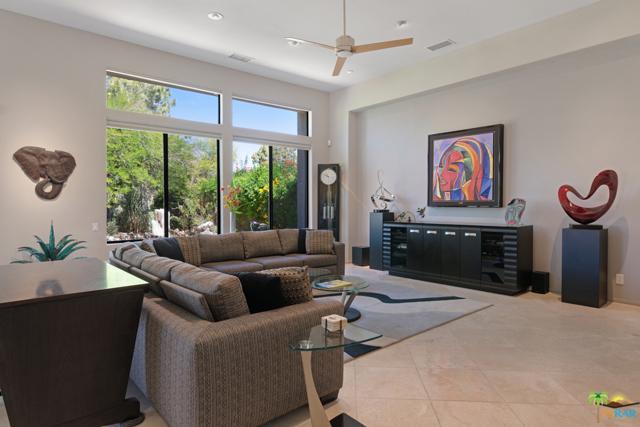 15 Birkdale Circle, Rancho Mirage CA: http://media.crmls.org/mediaz/96AC50F0-1D6B-4F21-8DEA-B25A23FCBF2A.jpg