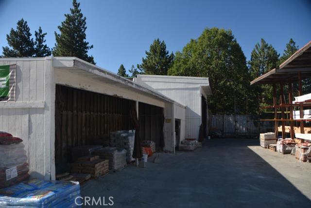 26567 Pine Avenue, Rimforest CA: http://media.crmls.org/mediaz/96F0A2BC-76C5-455C-ADD8-942C20E71432.jpg