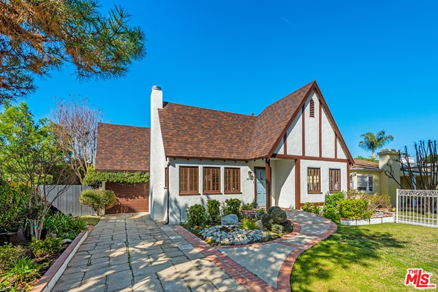 4245 Greenbush Avenue  Sherman Oaks CA 91423