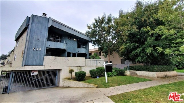 534 E HAZEL St 2, Inglewood, CA 90302