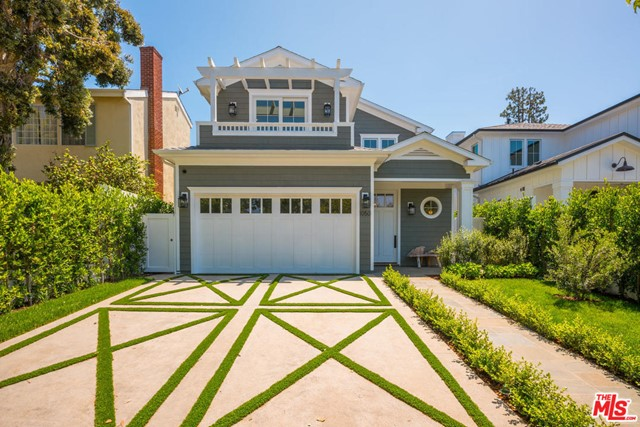 1050 GALLOWAY St, Pacific Palisades, CA 90272