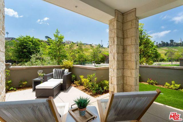 12685 Bluff Creek Playa Vista CA 90094