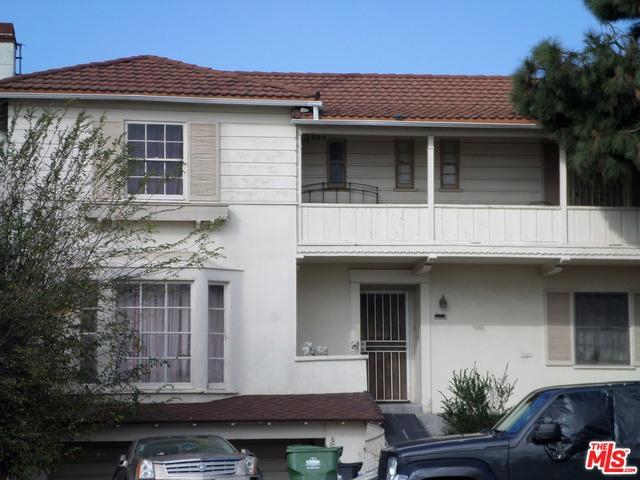 5021 Angeles Vista