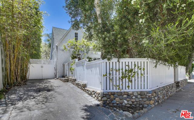 343 Sycamore Rd, Santa Monica, CA 90402 photo 43