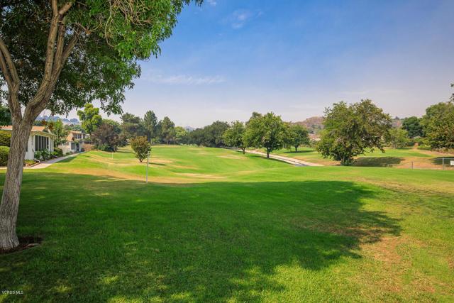 26832 Circle Of The Oaks, Newhall CA: http://media.crmls.org/mediaz/97D370E8-4B90-469F-A52A-CC34D52CB6C3.jpg