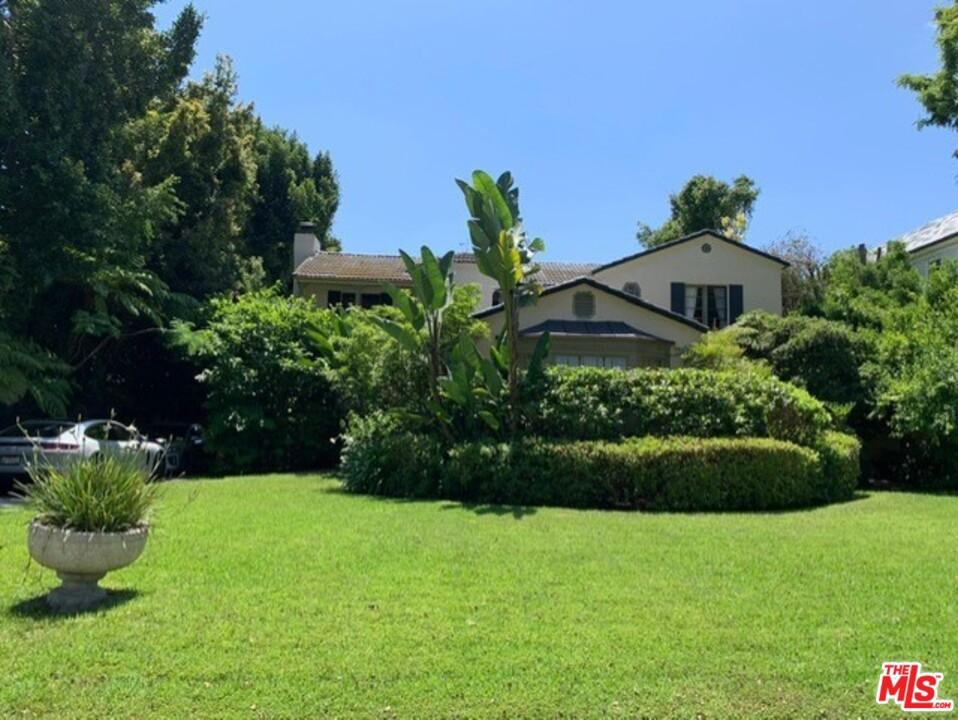 709 N ROXBURY Drive #  Beverly Hills CA 90210