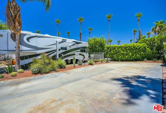 69411 RAMON Road, Cathedral City CA: http://media.crmls.org/mediaz/986CA2A8-8884-42EB-A2C2-8E8E215159B0.jpg