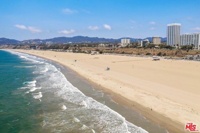 1333 Palisades Beach Rd, Santa Monica, CA 90401 photo 28
